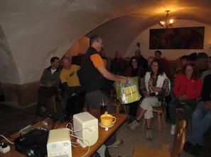 1. den -  Předávání pozorností od partnerů, foto R. Lienerth