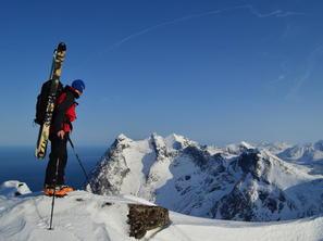 vrchol Breiflogtindenu, Lofoty: