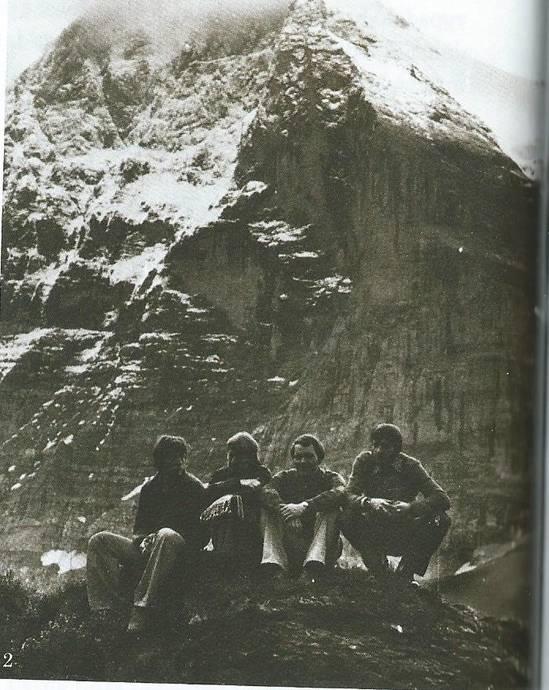 foto z prvovýstupu - pod severní stěnou Eigeru 1976 - zleva Petr Plachecký, Sylva Kysilková, Jiří Šmíd, Josef Rybička